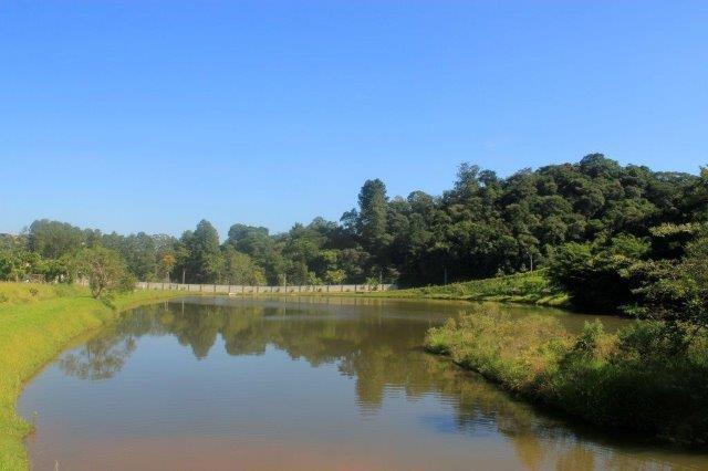 Terreno - Várzea Paulista - Condomínio Laguna