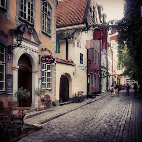 Oldtown of Riga by Julija Moroza Broberg - Instagram & Mobile Android ( old, narrow, houses, ancient, oldtown, street, little, architecture, town, antique, evening, city )