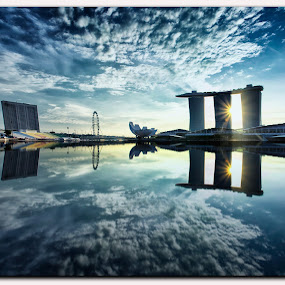 Sunrise @ One Fullerton (Singapore) by Riki Boo - Landscapes Cloud Formations ( water, cloud, sunrise, landscapes, singapore )