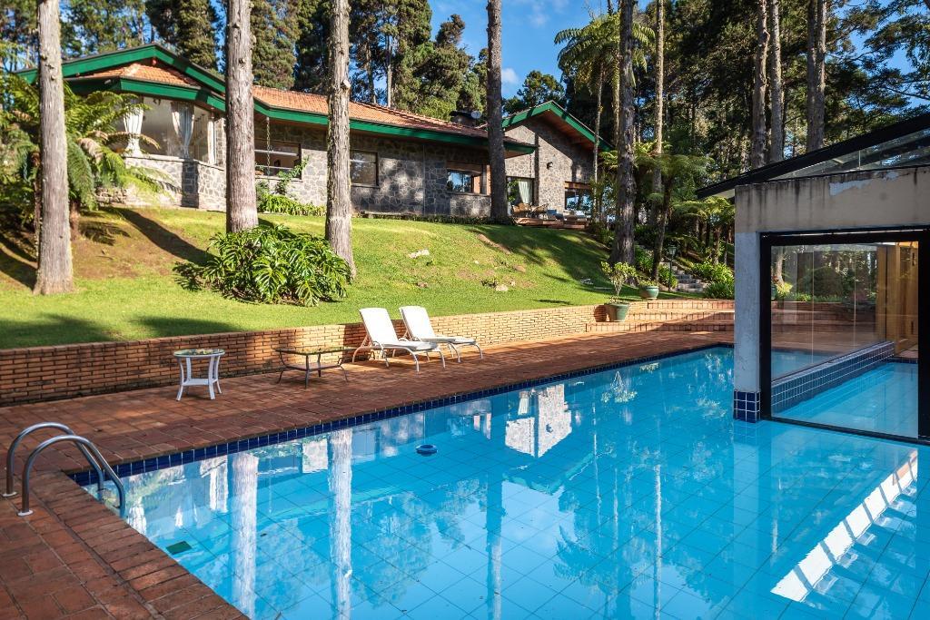 Casa com 4 dormitórios à venda, 1 m² por R$ 13.000.000 - Toriba - Campos do Jordão/SP