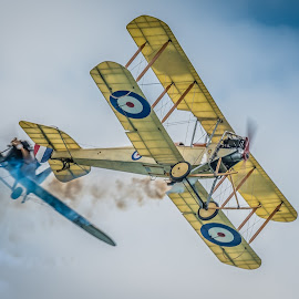 WW1 Dogfight enactment by Anthony P Morris - Transportation Airplanes ( ww1, anthony morris, dogfight, airoplane, airshow )