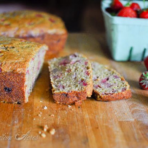 ~Strawberry Banana Nut Bread~