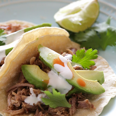 Slow Cooker Pork Carnitas (Mexican Pulled Pork)