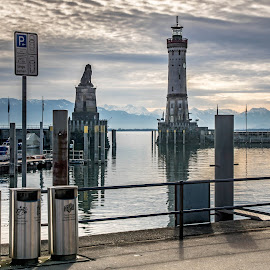 Lindau  by Linda Brueckmann - Landscapes Waterscapes