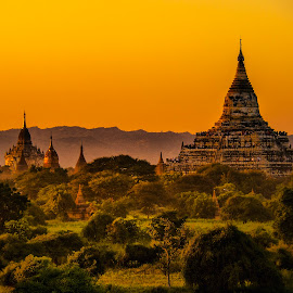Good morning Bagan by Stanley P. - Buildings & Architecture Places of Worship