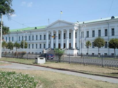 Члени виконкому підтримали рішення про встановлення меморіальних дошок