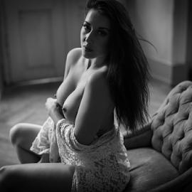 Bara by Reto Heiz - Nudes & Boudoir Artistic Nude ( seductive, sensual, nudephotography, nude, black and white, nudeart )
