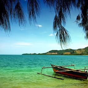 Pantai Bolihutuo by Suwito Pomalingo - Transportation Boats ( bolihutuo, gorontalo )