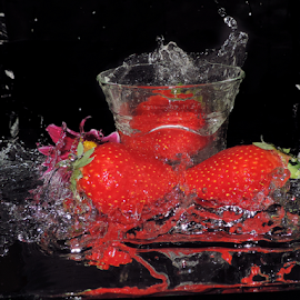 strawberry with water by LADOCKi Elvira - Food & Drink Fruits & Vegetables ( fruits )