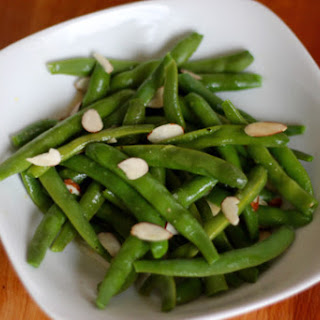 Green Beans with Lemon Vinaigrette and Almonds