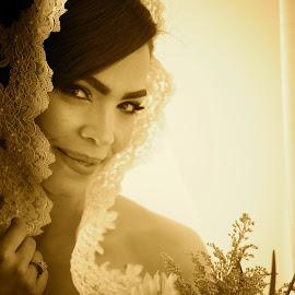by Raul Morillo - Wedding Bride
