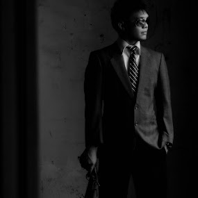 James Bond by Ryan Alamanda - People Fashion