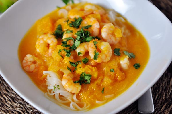 Butternut Squash and Coconut Curry Soup with Shrimp and Rice Noodles ...