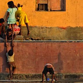 Help by Chiradeep Mukhopadhyay - People Street & Candids