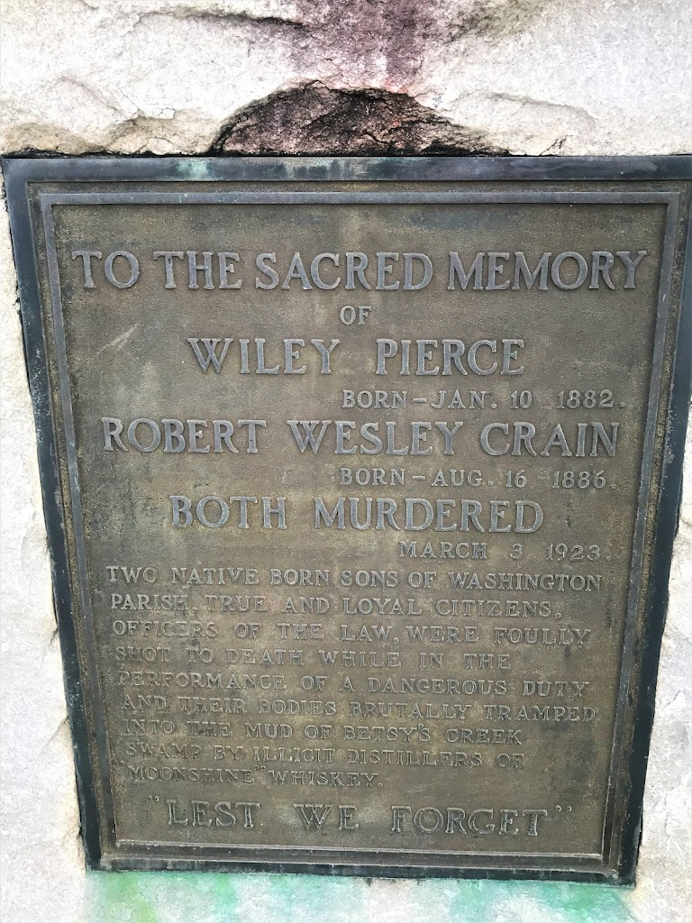 Wiley PierceBorn - Jan. 10, 1882.Robert Wesley CrainBorn - Aug. 16, 1886.Both MurderedMarch 3, 1923. Two native sons of Washington Parish. True and loyal citizens, officers of the Law, were foully ...