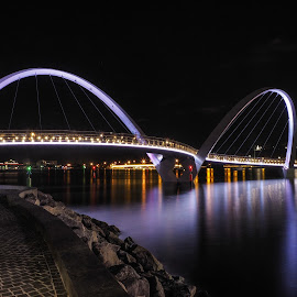 The Bridge by Van Hanafi - Buildings & Architecture Bridges & Suspended Structures ( #landscape, #bridge, #nightshot, #perth, #olympus )