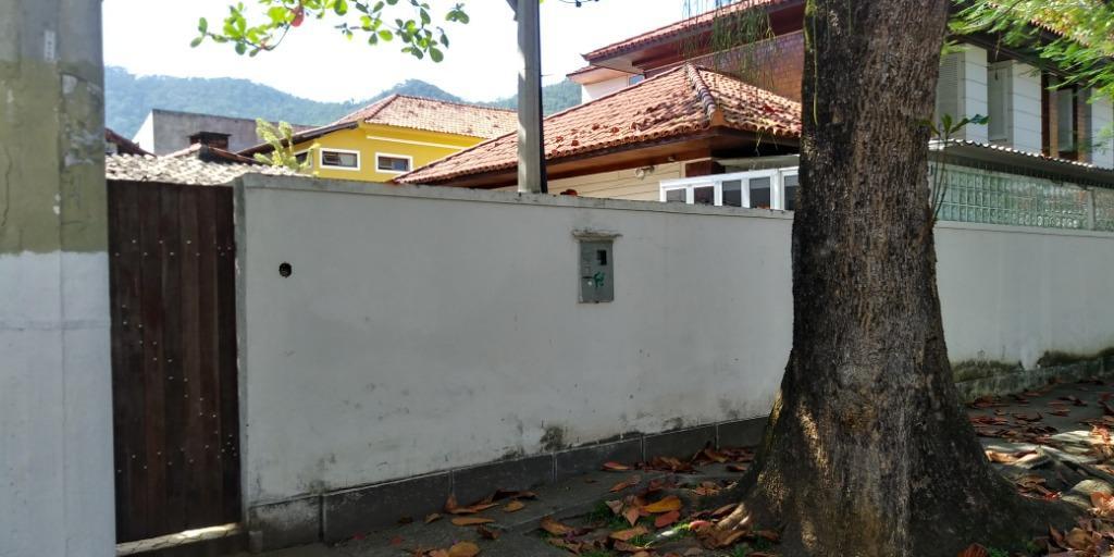 Casa para alugar, 320 m² - São Francisco - Niterói/RJ