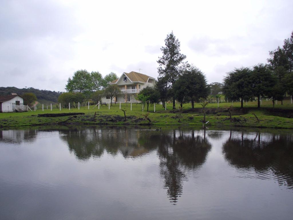 Chácara à Venda - Borda do Campo