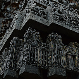 The sculptural marvel of Halebidu by Srinidhi Sridharan - Buildings & Architecture Architectural Detail ( sculptures, architectural detail, karnataka, medieval, temple, carvings, heritage, monument, india, ancient,  )