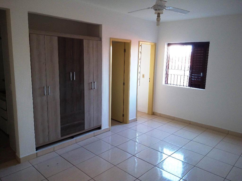 Kitnet com quarto para Alugar, 30 m²