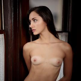 Zoe XVIII by Xavier Wiechers - Nudes & Boudoir Artistic Nude