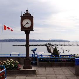White Rock Pier, 3:38. by Campbell McCubbin - City,  Street & Park  Vistas ( canada, clock, 3:38, pier, white rock,  )