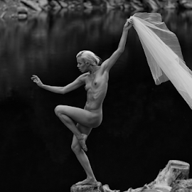 Dancin' in the wind by Reto Heiz - Nudes & Boudoir Artistic Nude ( model, nude, black and white, nudeart, outdoor )
