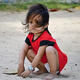 Kid at Beach by Marcel Cintalan - Babies & Children Children Candids ( girl child, red, beach, philippines, watches,  )