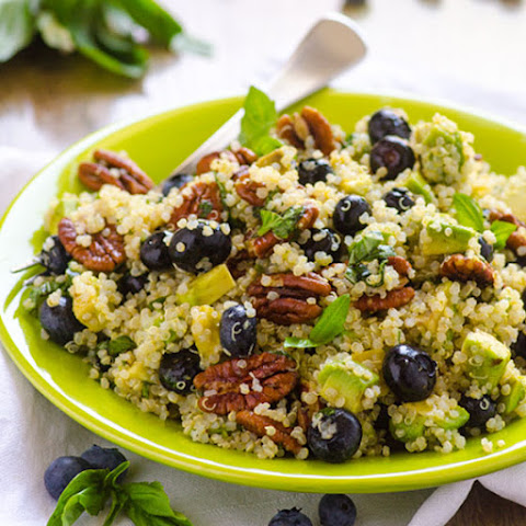 Blueberry, Avocado and Toasted Pecans Quinoa Salad