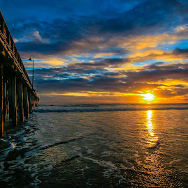 Cayucos Pier/sunset by Gerald Dallons - Landscapes Sunsets & Sunrises ( cayucos, sunset, pier, beach, coastal )