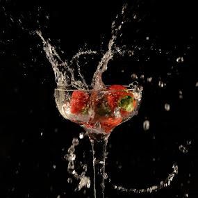 Strawberry Splash by Thomas Born - Food & Drink Fruits & Vegetables (  )