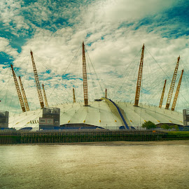 The O2 by Stephen Hall - Buildings & Architecture Other Exteriors ( o2, london, thames, millenium, dome, greenwich, river )