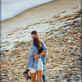 Ocean Side Romance 2 by Linda Tiepelman - People Couples ( a westin resort, honolulu, tourism, ocean, romance, love, vacation, woman, moana surfrider, couple, man, hawaii, spa )