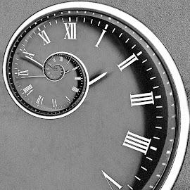 fibonacci's clock by Kylie Martin - Abstract Patterns ( clock, edit, fibonacci )