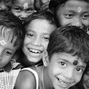 'Happy Faces' by Nirupam Roy - Babies & Children Children Candids ( contest., faces, happy, children, face, people, pwc faces )