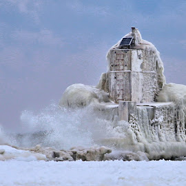 Deep Freeze 8 by Terry Saxby - Nature Up Close Water ( canada, terry, lighthouse, goderich, ontario, saxby, nancy,  )