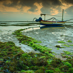 by Pande Wiguna - Transportation Boats