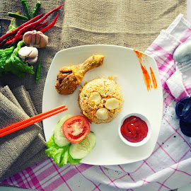 NASI GORENG AYAM by Muhammad Fadhil - Food & Drink Eating ( fo0d style, nasi goreng, fried rice, ayam, food style )