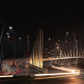 The Futuristic Bridge Of Summarecon by Novra Ayamo - Buildings & Architecture Bridges & Suspended Structures ( bekasi, summarecon, architecture )