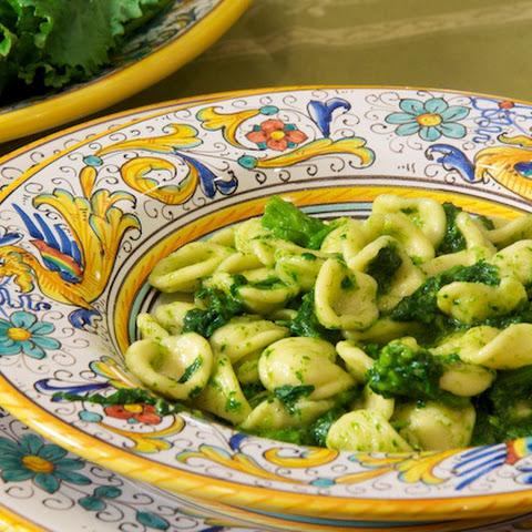 Orecchiette ai broccoletti (Orecchiette Pasta with Broccoli Rabe ...