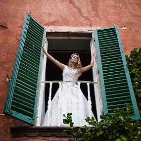by Martyn Norsworthy - Wedding Getting Ready