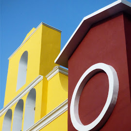PLAYA DEL CARMEN  by Jose Mata - Buildings & Architecture Architectural Detail