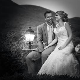by Pierre Vee - Wedding Bride & Groom