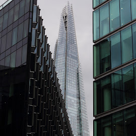 The shard  by Georgiana . - Buildings & Architecture Office Buildings & Hotels