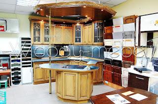 кухня классическая (дуб) в салоне