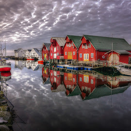 Norway  by Jan Helge - Buildings & Architecture Homes ( red, sea, house, bud, norway,  )