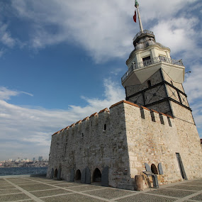 Kızkulesi/istanbul by Recep Cenbek - Buildings & Architecture Other Exteriors ( kule, deniz feneri, tarihsel )