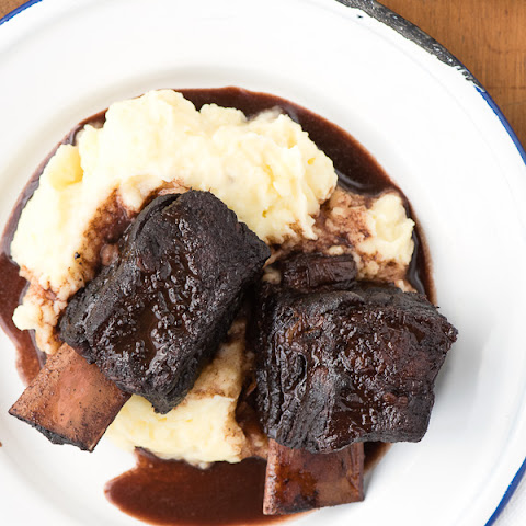 Red Wine Braised Short Ribs with Garlic Whipped Yukon Gold Potatoes