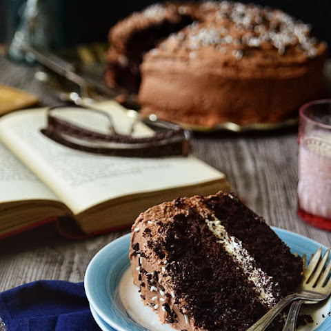 Food Styling Challenge | Malted Chocolate Cake with Toasted Marshmallow Filling