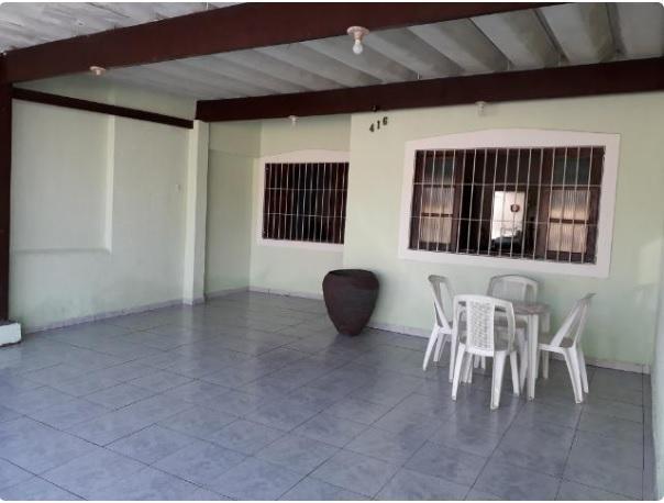 Casa com 1 dormitório à venda, 65 m² por R$ 185.000,00 - Caiçara - Praia Grande/SP
